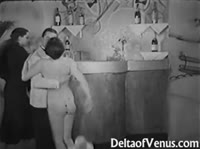 Старинное групповое порно чуть не столетней давности