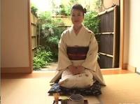 Японская гейша готова исполнить любое желание