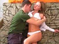 Красивая русская девушка с блядскими наклонностями