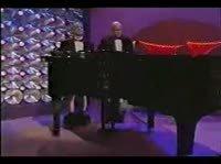 Пианисты спустили штаны и стали играть на рояле хуями вместо рук